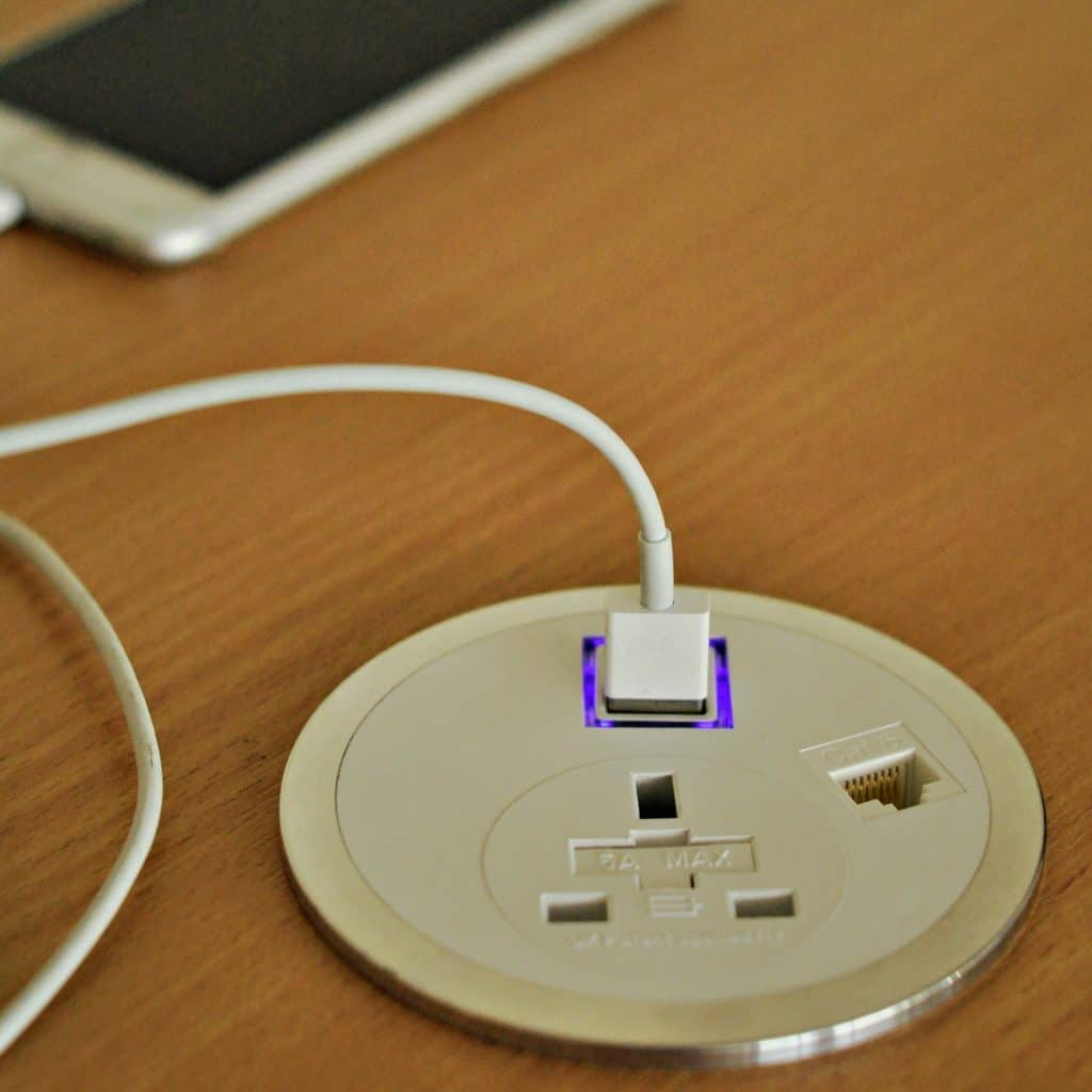 Port El with Smart Charge